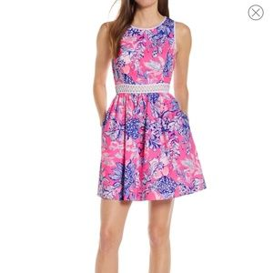 Lilly Pulitzer pink Tropic sun drenched Alivia